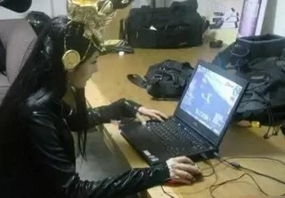 杨幂游戏账号意外泄露,战绩简直逆天!
