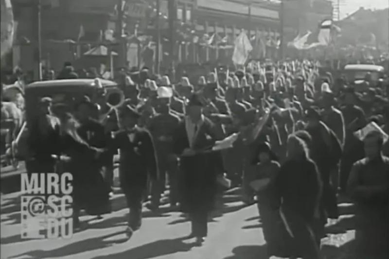 1934年溥仪出行的珍贵影像 伪满街头竟然是这样