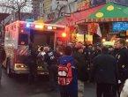 两车碰擦 纽约西裔女暴打华裔女司机 遭众人围堵(图)