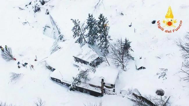意大利地震雪崩 饭店30人遭活埋