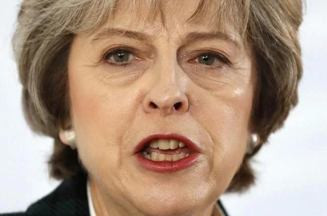 英国首相抢头香 下周会晤新科总统川普