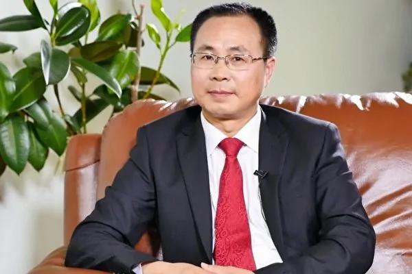王友群:立即罢免章启月总领事职务的强烈要求