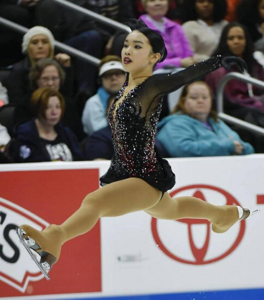 华裔17岁女孩陈楷雯夺全美花式滑冰冠军