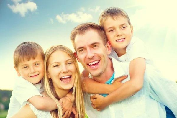 什么样的人活得更幸福?哈佛追踪7百人一生