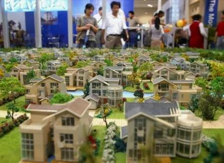 大陸房企融資渠道減少 銀行收緊房貸