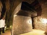 外媒:埃及地底现100吨巨型石箱 古代高科技惊呆研究人员!(组图)