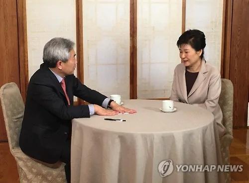 朴槿惠首次受访:干政门或有人策划