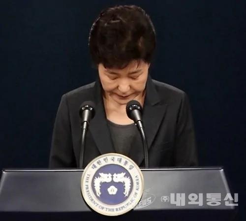 史无前例 现任总统朴槿惠或接受当面讯问