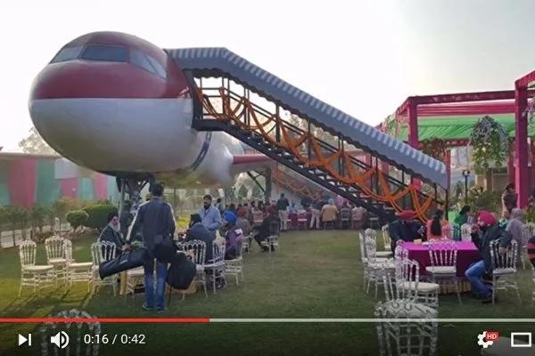 印度飞机改装成豪华餐厅 有美食无噪音