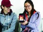 华裔女孩回国寻亲 20年前被扔长江大桥下(图)