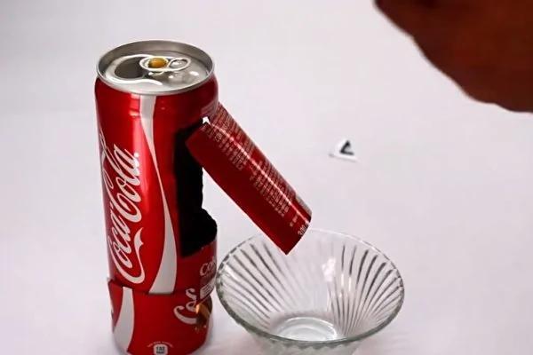 空易开罐也能爆米花 特殊开口实在太聪明