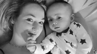 半岁大儿子拒绝喂哺 英国妈妈发现乳癌