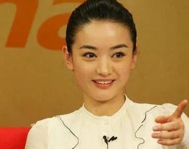 胡歌同學 文章稱她為老師 貌美如花拒炒作