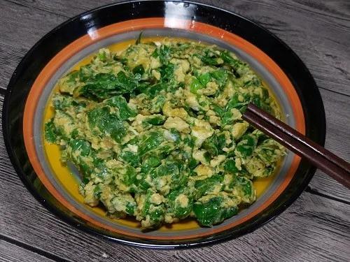 你还在吃鸡蛋炒韭菜吗?用这种叶子炒鸡蛋比它好吃百倍!