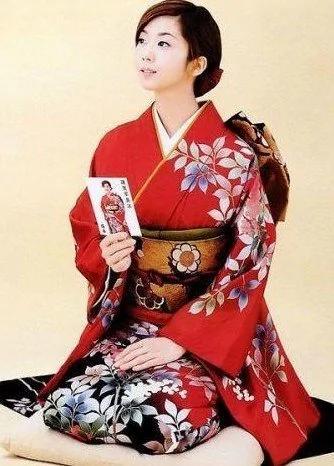 日本怪行为解密 女人为什么喜欢跪