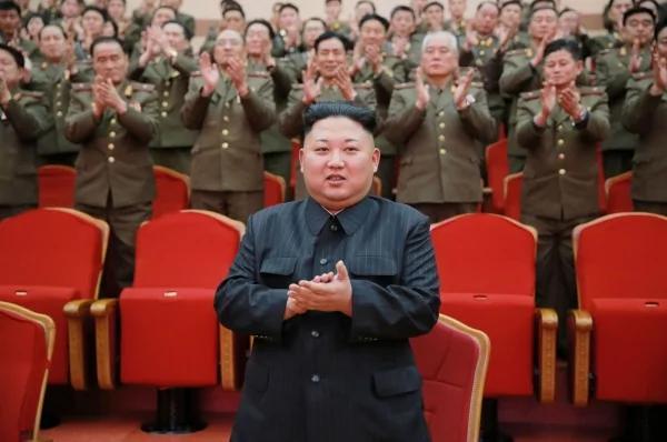 金正恩又发狠!再传5名北韩高官遭「炮决」