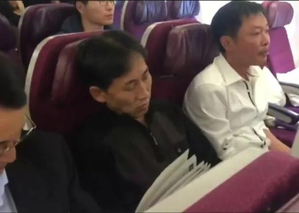 金正男遇刺:北韩籍疑犯先飞北京 机上闭目