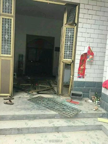 河南新乡化工厂爆炸 传13死 官方称没死人