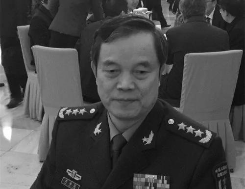 战略支援部队政委刘福连已去职 曾拉着汤灿的手不放