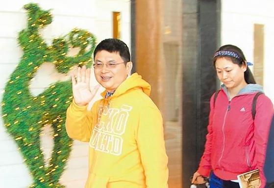 亲共港媒:肖建华涉案证人或逾千人 关键证人边控