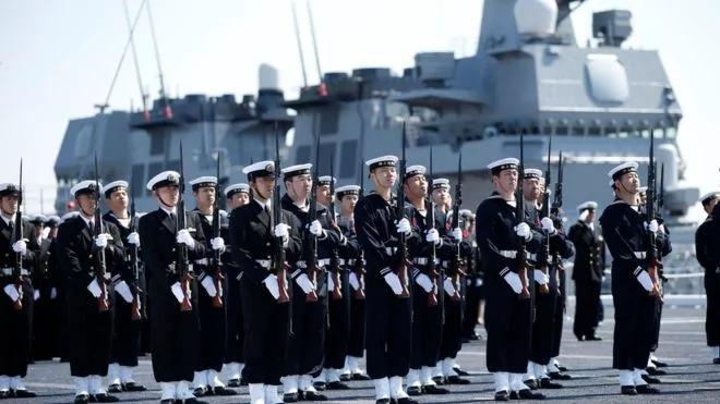 应对中共 日本添航母增加海军投送能力