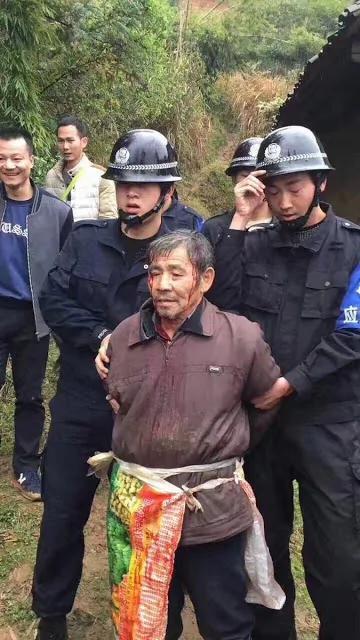 今年中国最佳摄影:明经国被捕照