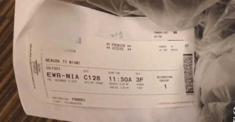 坐完飞机 绝对不能把机票丢掉 后果可能很严重