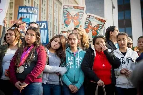 纽约阻移民局入校抓人 ICE:不配合就取消招留学生资格