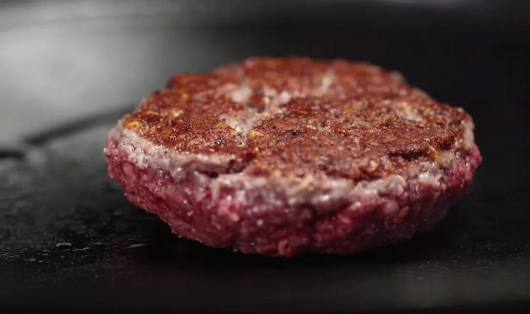 美国人造肉工厂开工 月产量顶两千多头牛