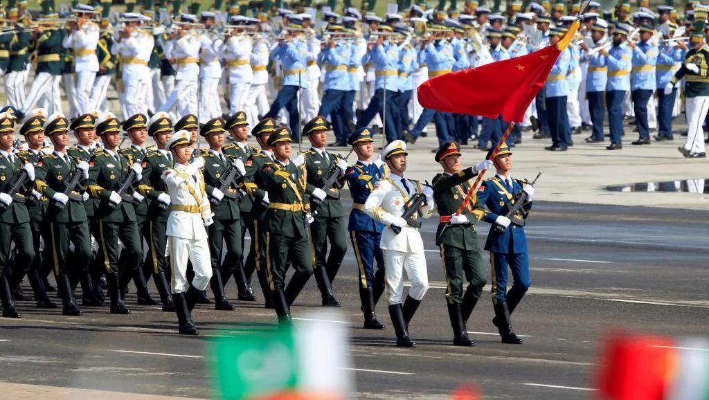中共军队首次参加巴基斯坦阅兵 战略合作再深化