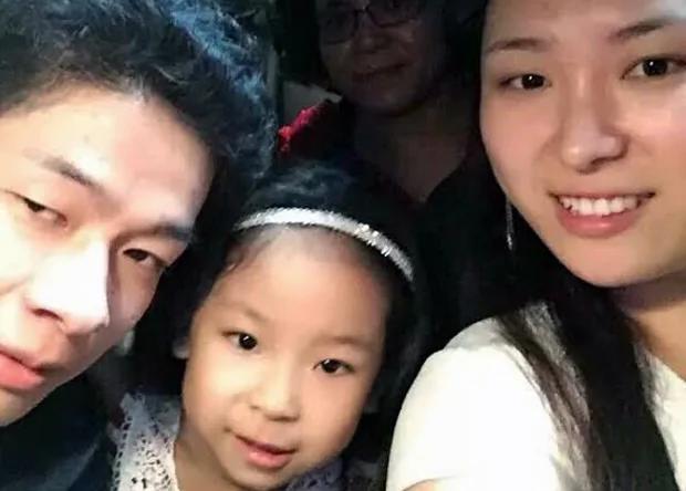 广州家庭教会:李红敏印宗教刊物判监10个月