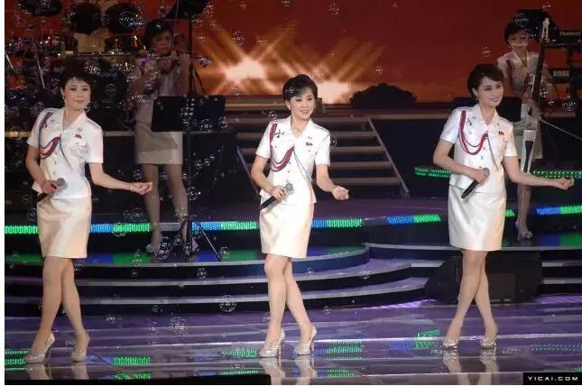 热帖:朝鲜职业女性 美的让人窒息