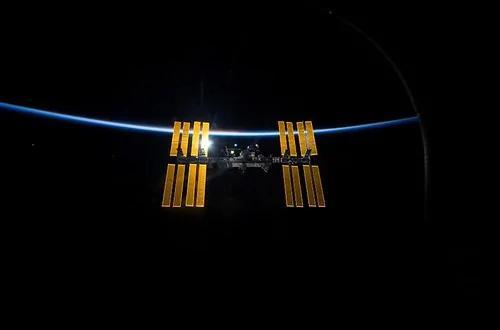 外媒:太空中煮热水会出现完全相反的物理现象 科学家们都迷惑了