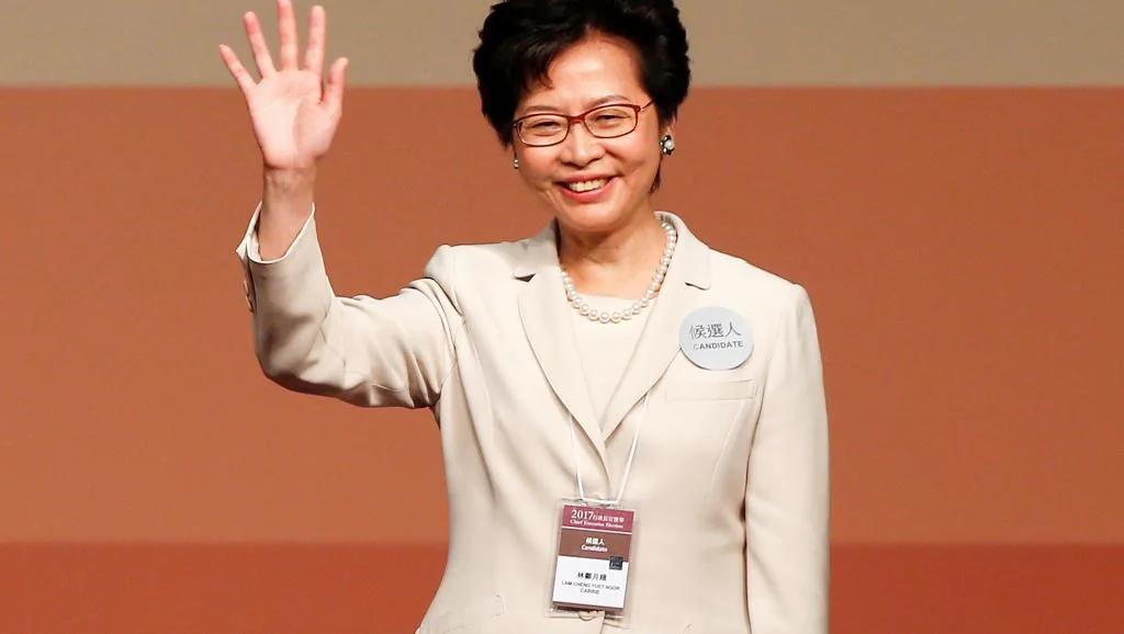 民主派促林郑月娥撤回压两制的白皮书
