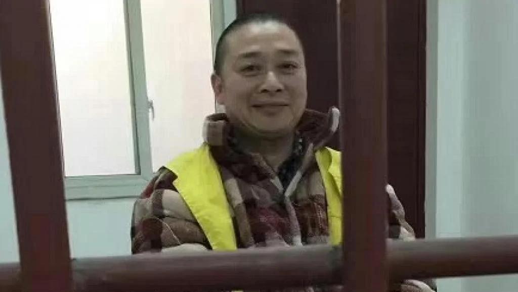陈云飞祭六四后判囚4年 笑称判刑太轻要上诉