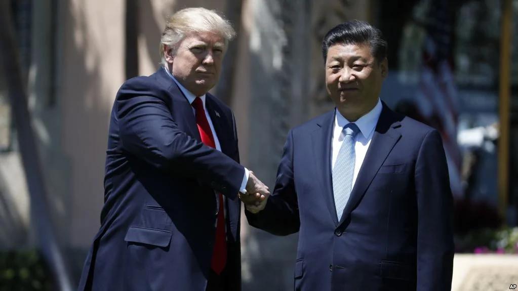 美国总统川普与 中共国家主席习近平星期五在佛罗里达海湖庄园(网络图片)