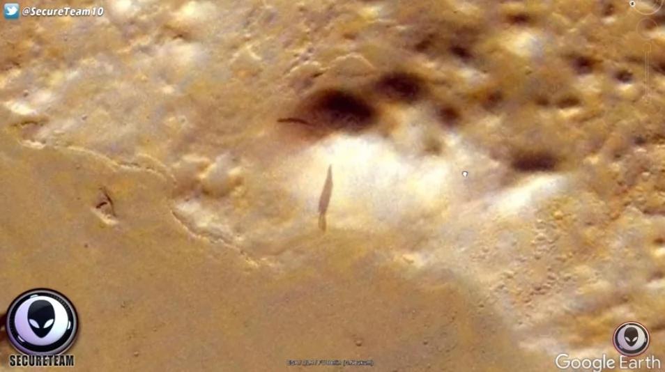 """外媒:Google拍到火星上有""""巨型太空船""""的神祕影子?"""