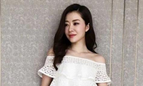 郭富城与网红女友大婚 旧爱熊黛林也在…(组图)