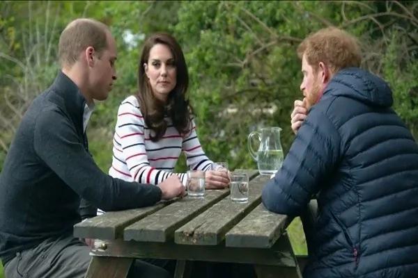 英国王室年轻一辈围坐谈心 从这件事聊起