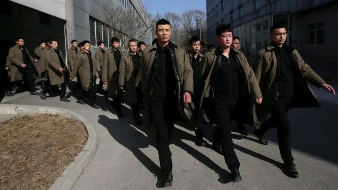 中资公司海外风险大 中外保安公司争抢商机