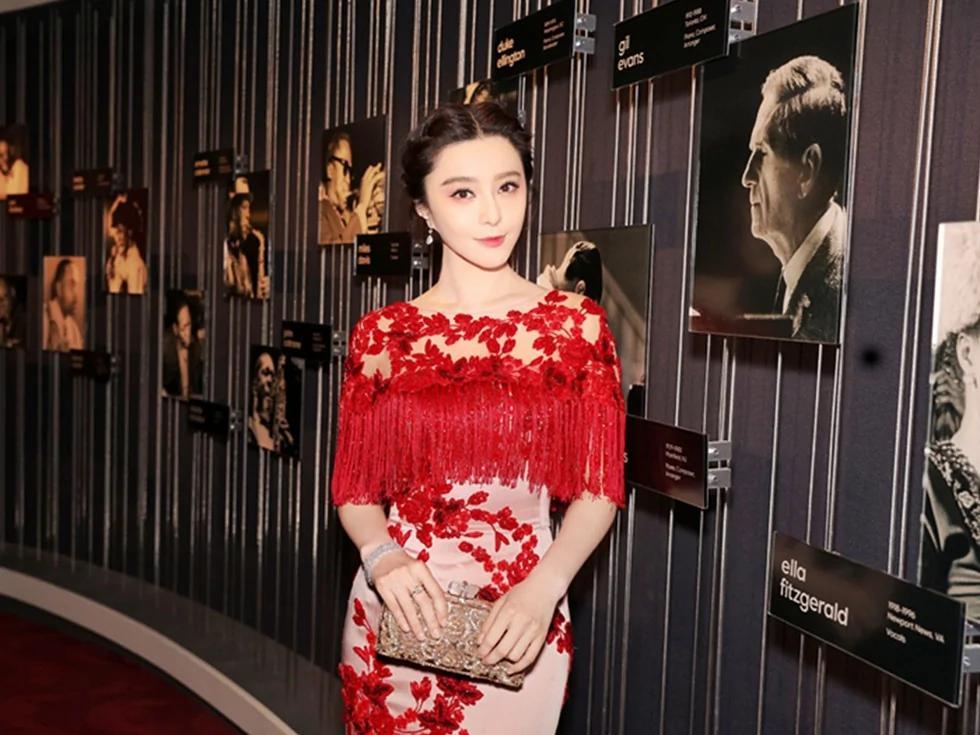 唯一华人面孔 范冰冰出席纽约TIME100晚宴