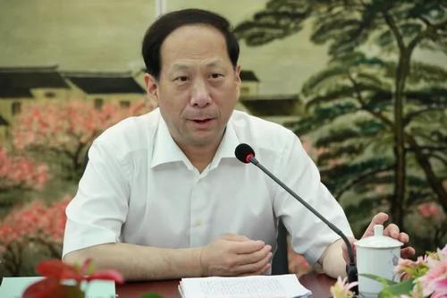 习近平党校亲信石泰峰当选宁夏书记 获胡锦涛赏识