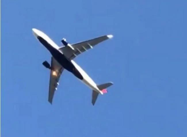 突发:达美航空客机北京起飞后引擎起火