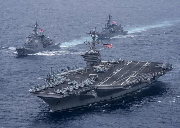 威吓北韩!卡尔文森号在长崎外海 驶往朝鲜半岛
