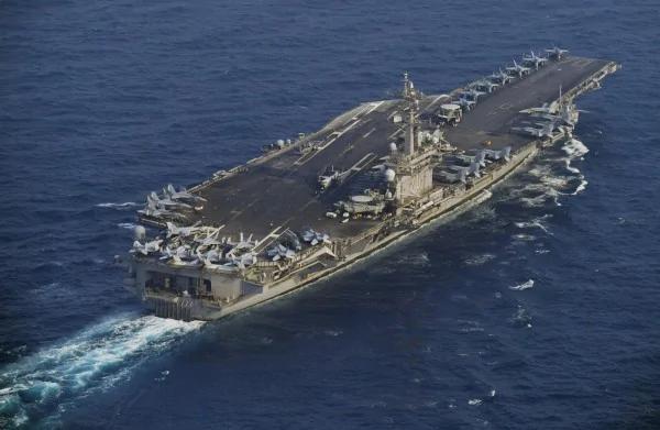 真的到了!卡尔文森号抵韩海域 展开联合军演