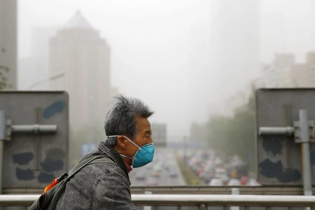 今年最强沙尘暴袭击北京 简直像世界末日