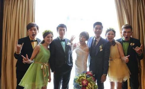 他和戚薇传了十年绯闻 却娶了王思聪好友