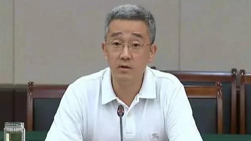 胡锦涛之子连任市长后高调活动 曾力挺习近平