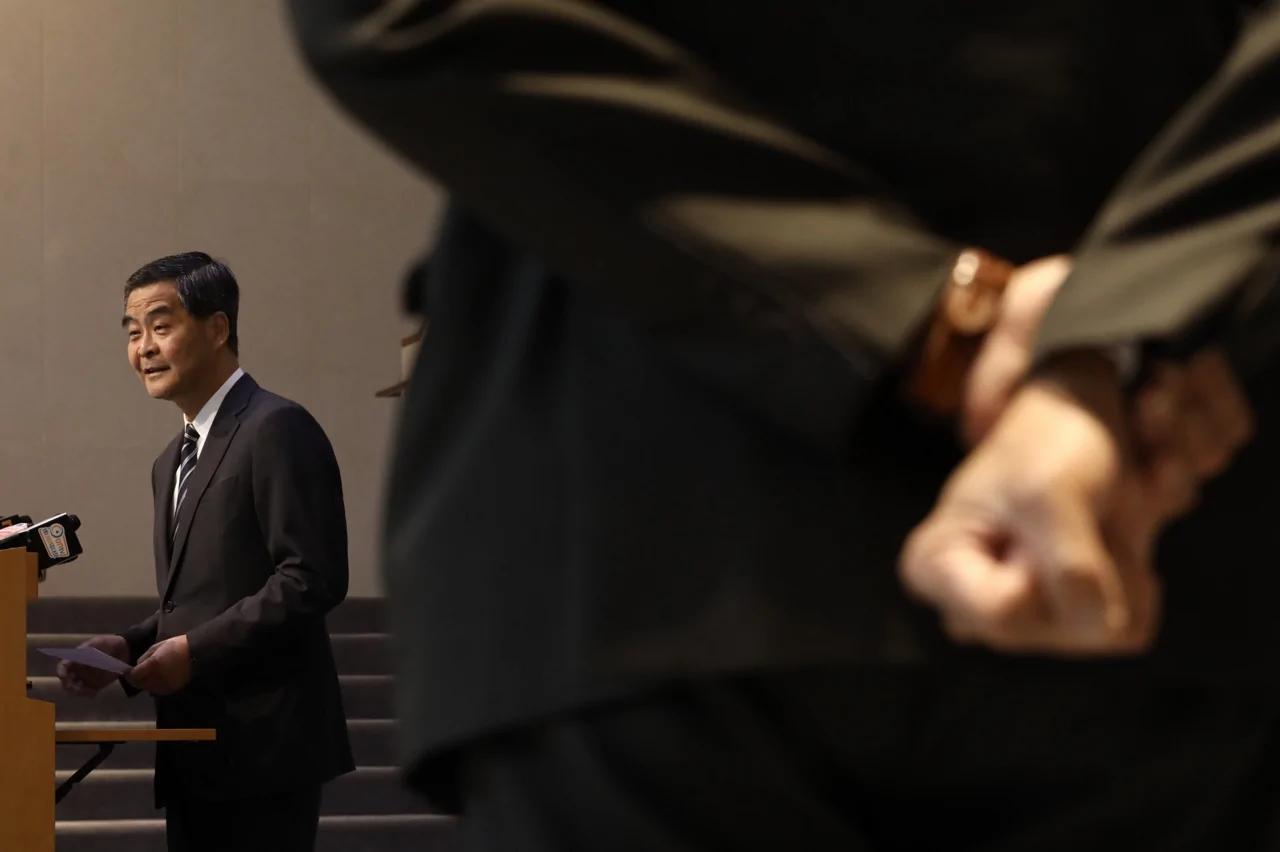 港媒:【梁振英UGL案】干预事件触动北京 忧七一前添烦添乱
