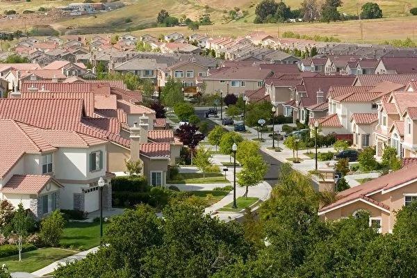高攀不起:居民纷纷外逃 加州面临的真正挑战